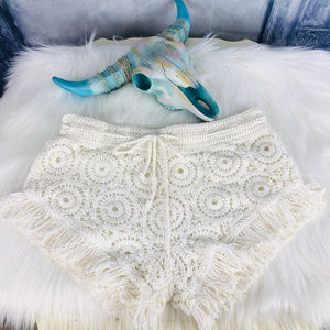 SURF GYPSY Lace Crotchet Tassel Shorts